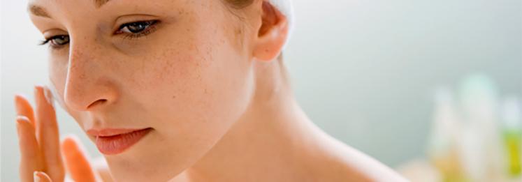 Чувствительная кожа лица: причины и правила ухода